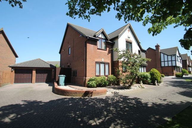 Thumbnail Detached house for sale in Badgers Gate, West Dunstable, Bedfordshire