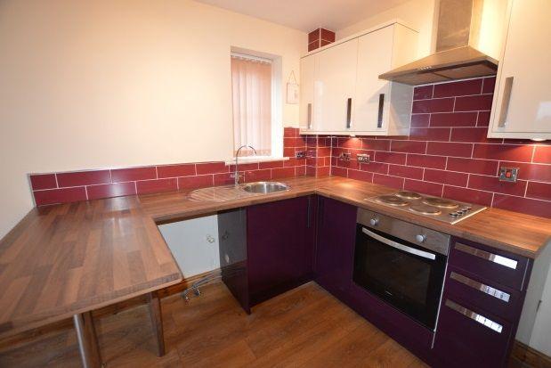 2 bed flat to rent in Pinders Apartments, Eastmoor Road, Wakefield