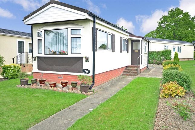 1 Bed Mobile Park Home For Sale In Towngate Wood Tonbridge Kent