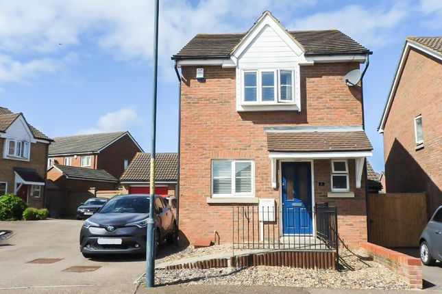 Thumbnail Detached house for sale in Mariners Way, Gravesend, Kent