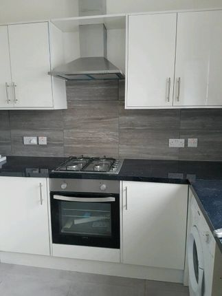 Thumbnail Flat to rent in Waterford Road, Wembley