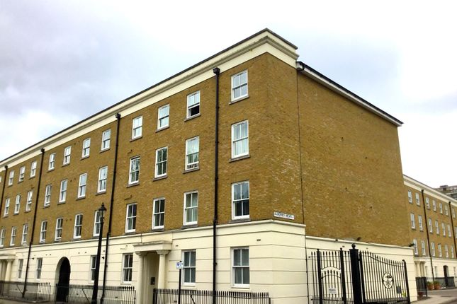Thumbnail 2 bed flat to rent in 9 Falmounth Road, Borough