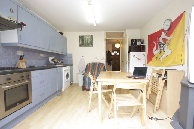 Thumbnail Terraced house to rent in Carteret Wat, Surrey Quays
