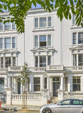 Thumbnail Maisonette for sale in Palace Gardens Terrace, London