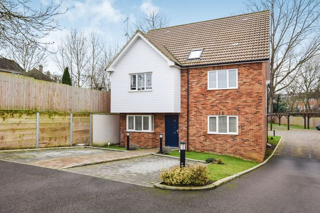 Thumbnail Flat for sale in Orchard Apartments, Linford End, Harlow