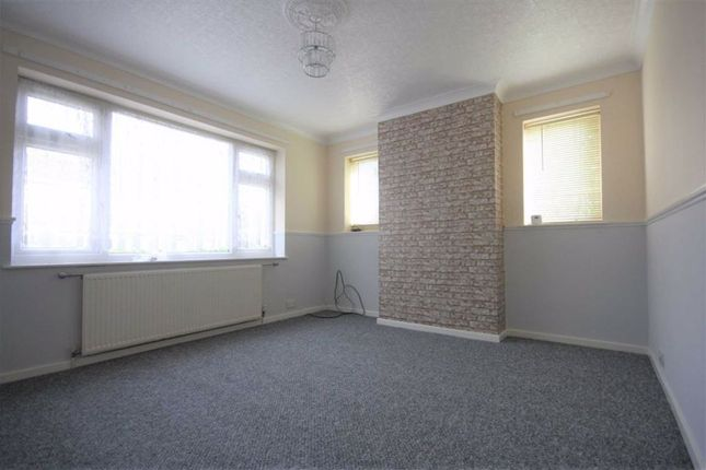Living Room of Abbots Close, Sutton House Road, Hull HU8