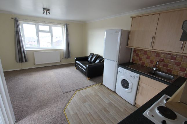 2 bed flat to rent in Old Bakery Court, Pentyrch, Cardiff