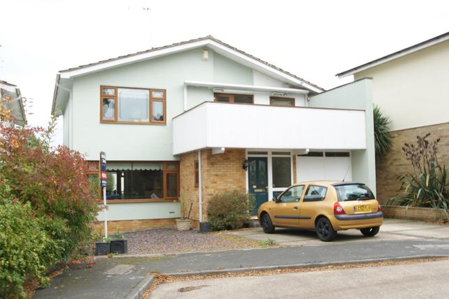 Thumbnail Property for sale in Woodpond Avenue, Hockley