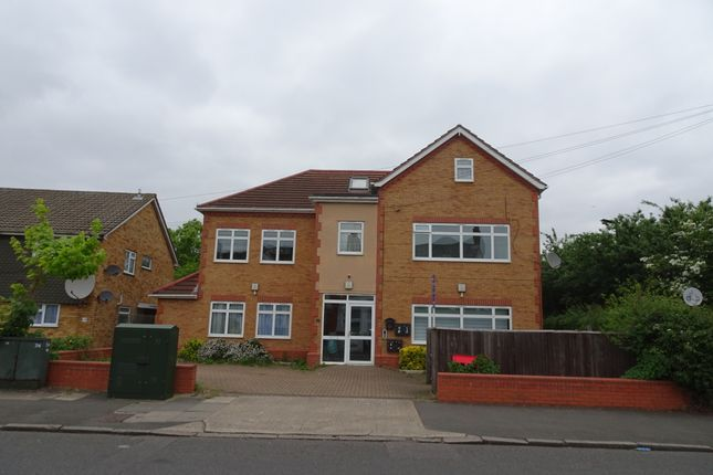 Thumbnail Detached house for sale in Sutton Road, Heston