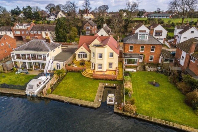 Thumbnail Detached house for sale in Lower Street, Horning, Norwich