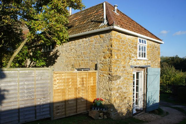 Barn conversion to rent in Stoke Abbott, Beaminster