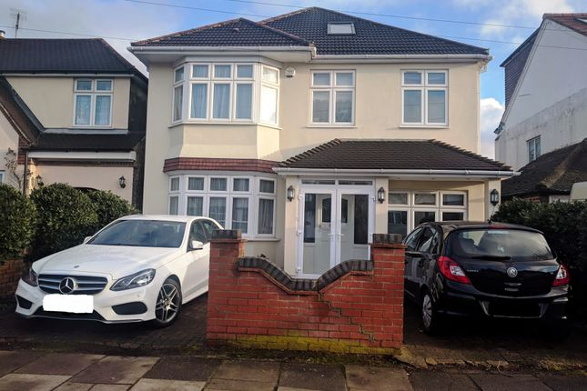 Thumbnail Detached house for sale in Shaftesbury Aveenue, Southall, Norwood Green