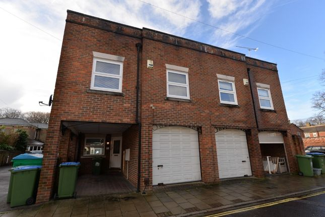 Thumbnail Semi-detached house to rent in Methuen Street, Inner Avenue, Southampton