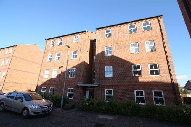 Thumbnail Flat to rent in Sherwood Street, Hucknall, Nottingham