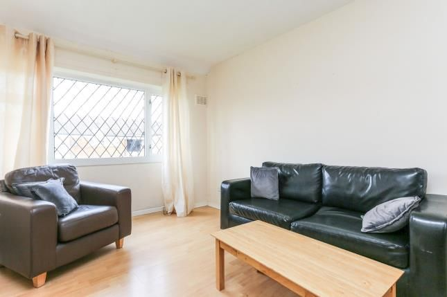 Lounge 1 of Glamorgan Close, Willenhall, Coventry, West Midlands CV3