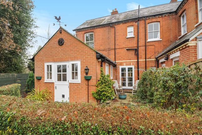 Thumbnail Cottage for sale in Sunninghill, Berkshire