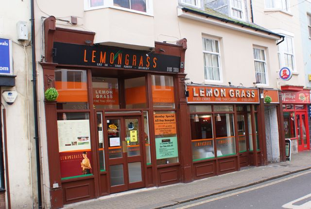 Thumbnail Restaurant/cafe for sale in Montague Street, Worthing