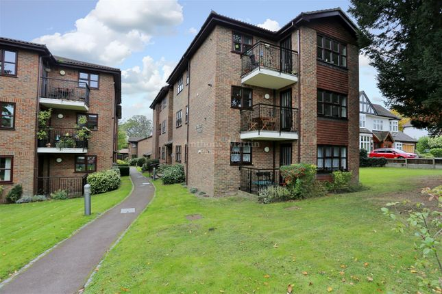 Thumbnail Flat for sale in Parkhill Road, Bexley