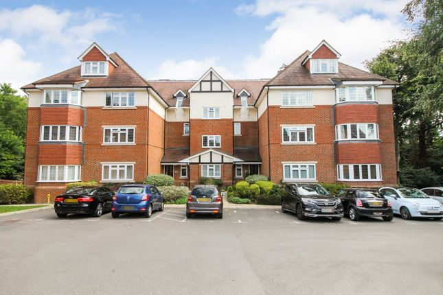 Thumbnail Flat for sale in Canterbury Road, Farnborough, Hampshire