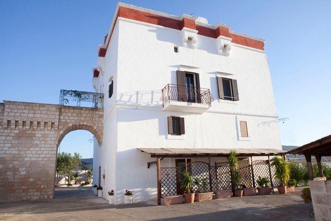 17 bed property for sale in Monopoli, Puglia, Italy