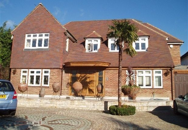 Thumbnail Property to rent in Greenbrook Avenue, Hadley Wood, Barnet