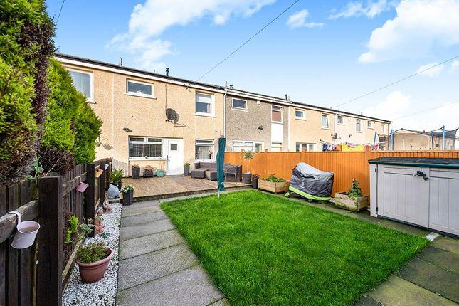 Thumbnail Terraced house for sale in Blackcraigs, Kirkcaldy, Fife