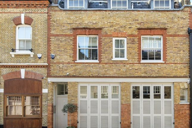 Thumbnail Mews house for sale in Wimpole Mews, Marylebone Village, London