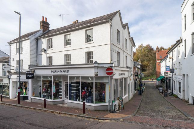 2 bed flat to rent in High Street, Tunbridge Wells TN1