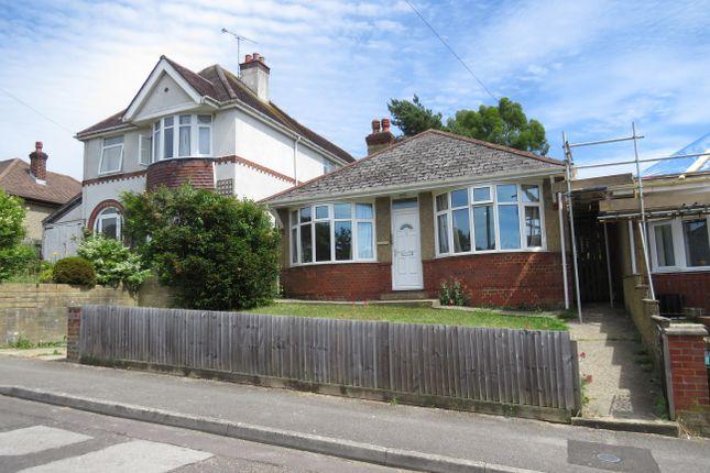 2 bed property to rent in Australian Avenue, Salisbury