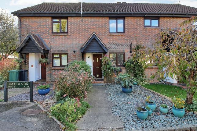 Thumbnail Terraced house for sale in Oatlands, Horley, Surrey