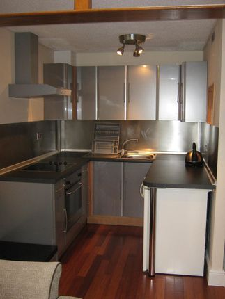 Thumbnail Terraced house to rent in St Davids Crescent, Newport
