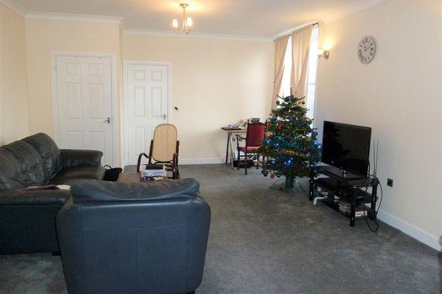 Lounge Area of The Manor House, 68 Moorside Ave Crosland Moor, Huddersfield HD4