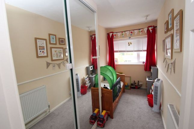 Bedroom of Lords Lane, Studley B80