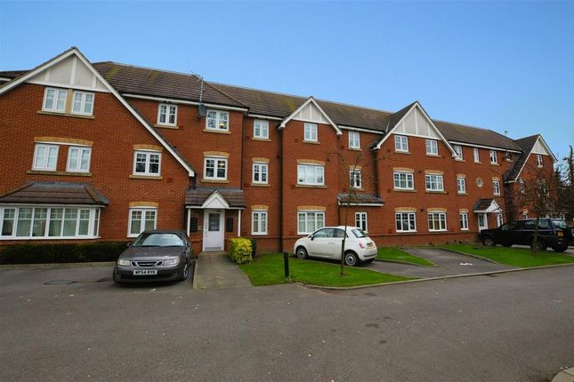 Thumbnail Flat for sale in Perigee, Reading