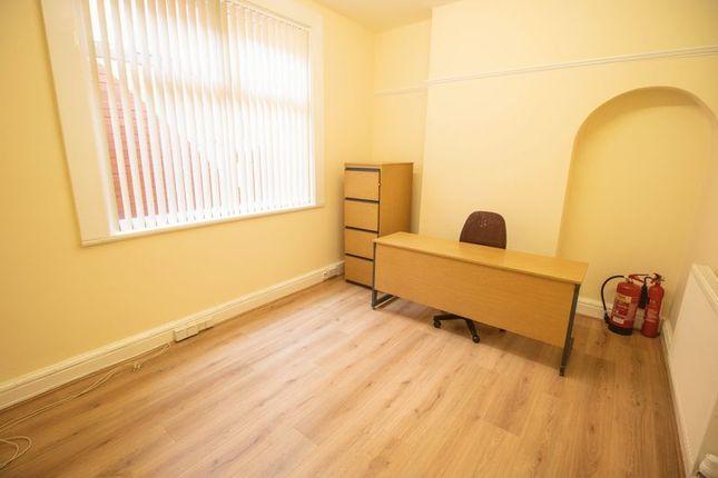 Thumbnail Property to rent in Market Street, Farnworth, Bolton