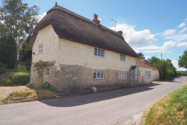 Thumbnail Cottage for sale in Bapton, Warminster