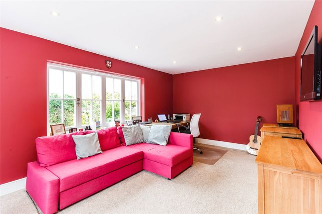 Family Room of Cold Harbour, Goring Heath, Oxfordshire RG8