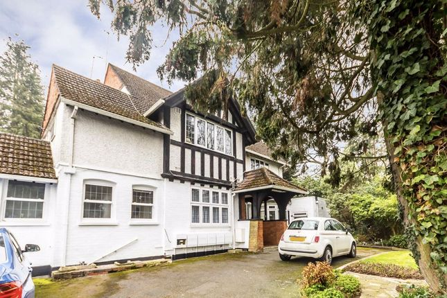 1 bed flat to rent in Lovelace Road, Long Ditton, Surbiton KT6