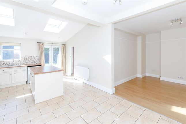 Thumbnail Semi-detached house to rent in Oakland Avenue, York, North Yorkshire