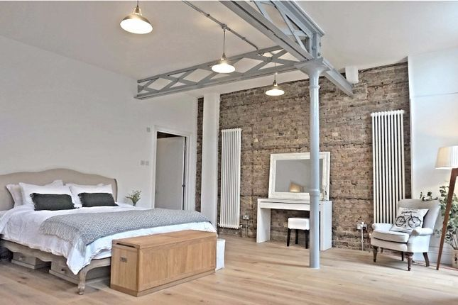 Thumbnail Flat for sale in Shoreditch High Street, Shoreditch