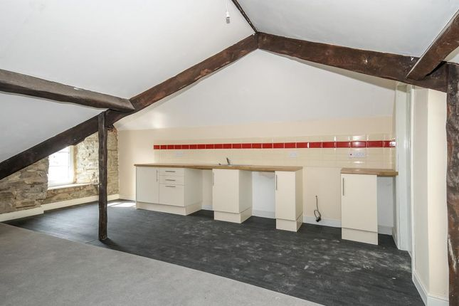 Thumbnail Flat for sale in New Radnor, Presteigne