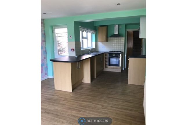 3 bed flat to rent in Wiltshire Road, Chaddesden, Derby DE21