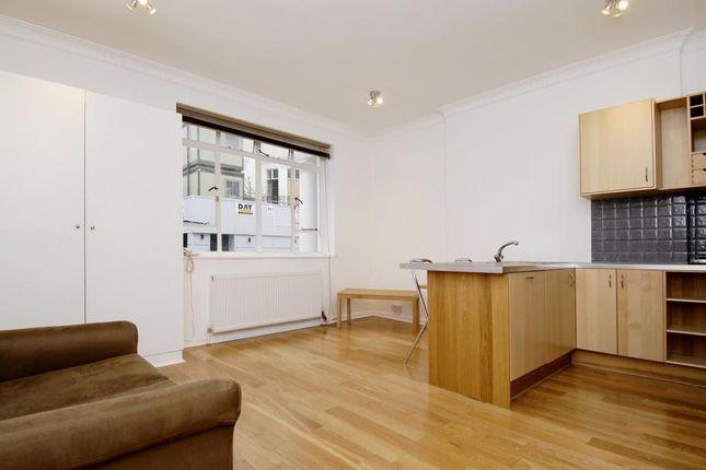 Studio to rent in Kensington Park Road W11,