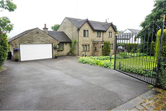 Thumbnail Detached house for sale in Hill Lane, Colne