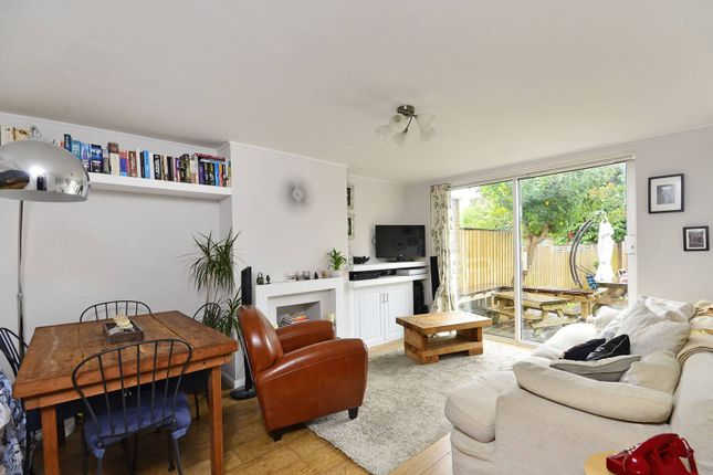 Thumbnail Maisonette to rent in Norwich Road, Thornton Heath
