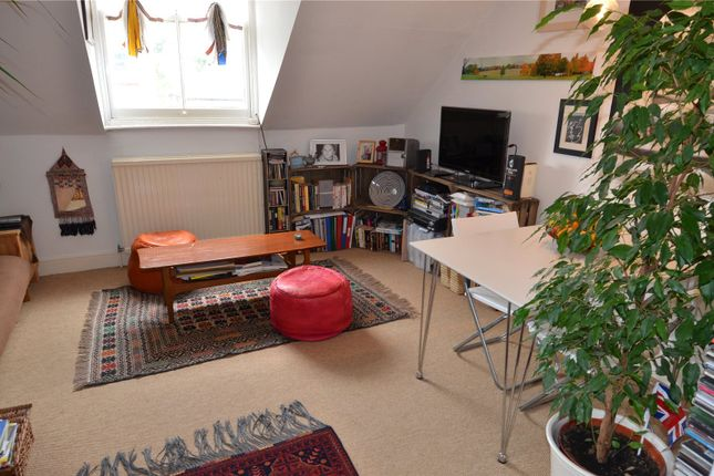 Thumbnail Flat to rent in Underhill Road, London