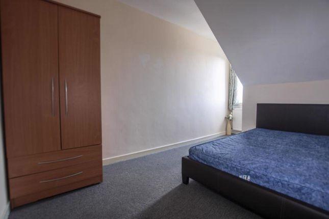 Bedroom of 45d Primrose Street, Alloa, Cackmannanshire FK10 1Jj