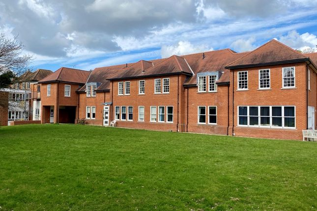 2 bed flat for sale in Gay Bowers Road, Danbury CM3