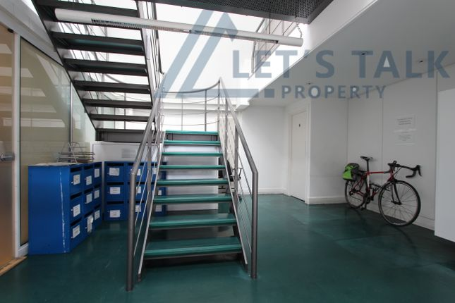 Thumbnail Office to let in Olympia Mews, London