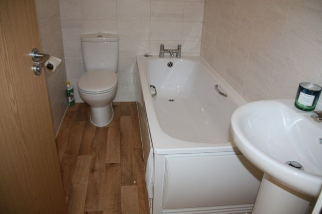 Bathroom of George Place, Plymouth PL1